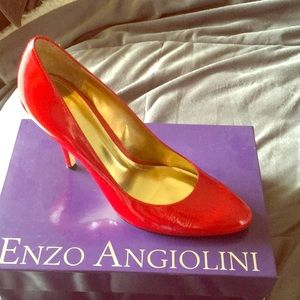 Enzo Angiolini red patent leather heels 👠 👠
